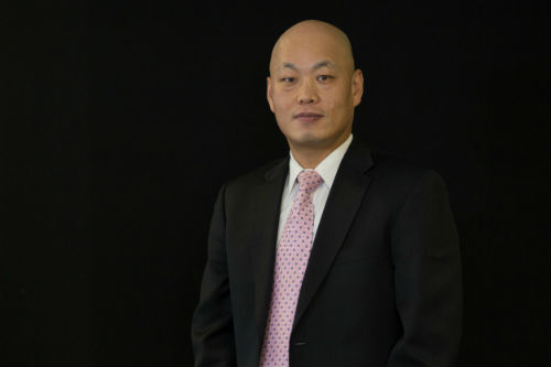 Sang Lee is an attorney who speaks Korean.